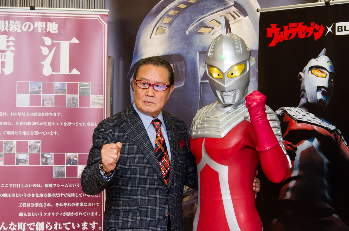 森次晃嗣の娘で女優の吉本多香美さんが亡くなった?家族やお店について。