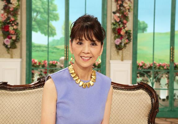 柏木由紀子の娘は宝塚で女優?実家は豪邸で現在の自宅や収入は?